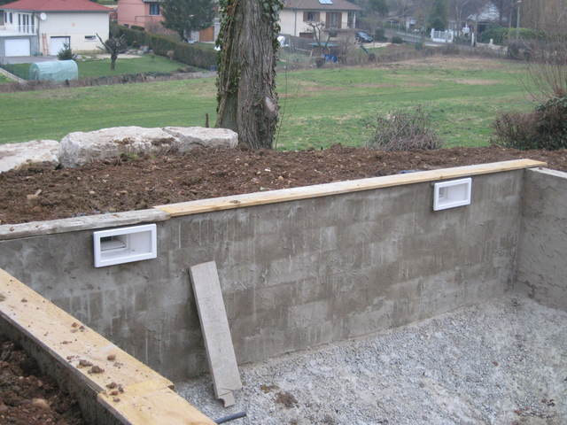 Super Enduits Hydrofuge au Mur de la Piscine - DEV.Construire-sa-piscine.com QI-98