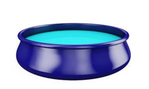 Une piscine autoportante bleue foncé