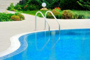 Les joies d'une piscine