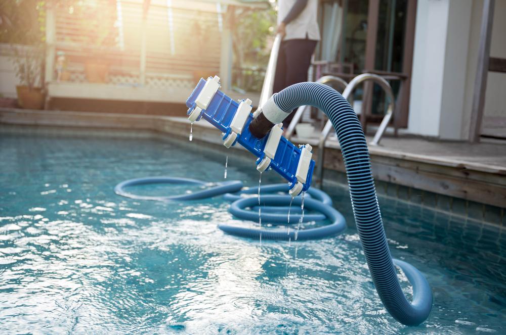 aspirateur pour nettoyage bassin piscine
