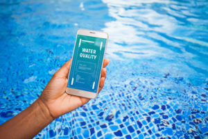 contrôle du pouvoir oxydoréduction de l'eau d'une piscine