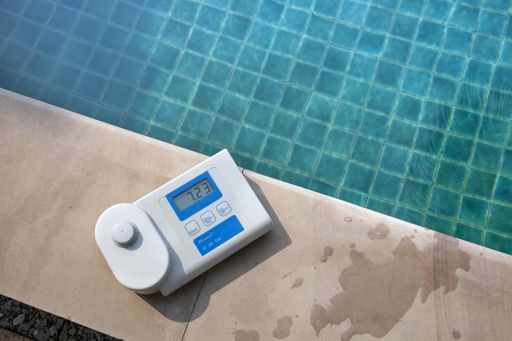 testeur électronique du potentiel redox de l'eau d'une piscine